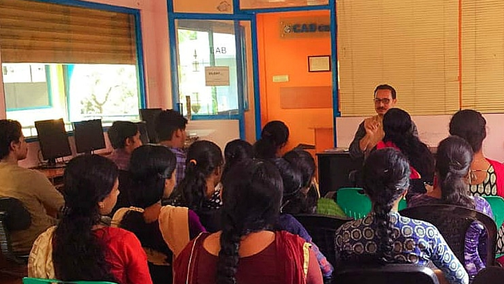 english poet preeth nambiar talking about green home at cad centre kanhangad